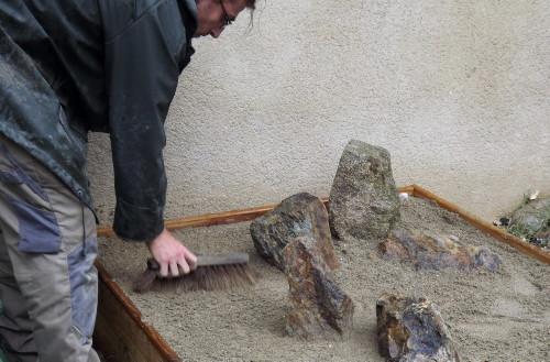 setting stones karesansui internship japanese gardens