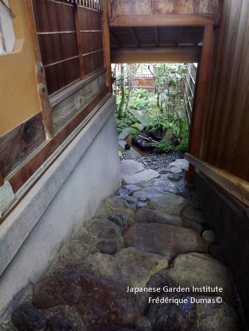 Ardeche Niwaki Japanese Pruning Japanese Garden Frederique Dumas Study Tour  In Japan Tsuboniwa Shizen No Sei