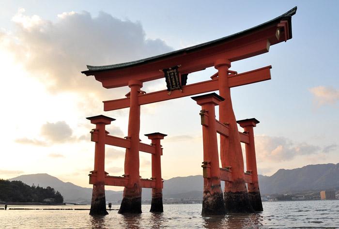 Japanese gardens - Stop the cliché ! - Frederique Dumas www.japanese-garden-institute.com www.frederique-dumas.com